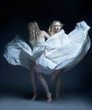 Menina de dança no vestido de casamento com multiexposition Foto de Stock Royalty Free