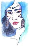 Menina de madeira com brincos da pena e cabelo azul Fotos de Stock