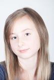 Menina de sorriso bonita nova Fotos de Stock Royalty Free