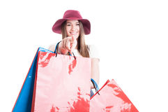 Menina de sorriso feliz que aponta o dedo ou que escolhe o Imagem de Stock Royalty Free