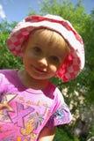 Menina de sorriso pequena Imagem de Stock