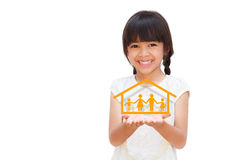 Menina de sorriso que mostra no símbolo da família Fotos de Stock