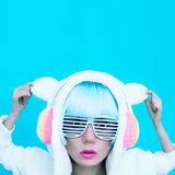 Menina DJ Partido louco do inverno Estilo da dança do clube Imagens de Stock