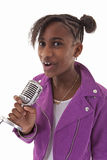 Menina do adolescente do karaoke Imagem de Stock Royalty Free