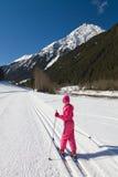 Menina do esqui corta-mato Imagem de Stock