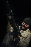 Menina do exército na máscara Fotos de Stock