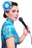 Menina do karaoke Fotos de Stock Royalty Free