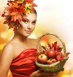 Menina do outono foto de stock royalty free