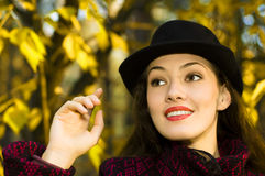 Menina do outono Fotos de Stock Royalty Free