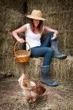 Menina do país com chook Fotografia de Stock