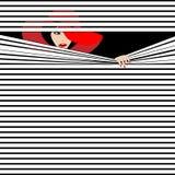 Menina do Peekaboo atrás das cortinas Imagens de Stock
