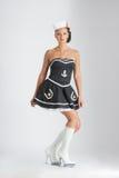 Menina do pinup da beleza em um terno de marinheiro fotos de stock