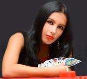 Menina do retrato com cartões Imagem de Stock Royalty Free