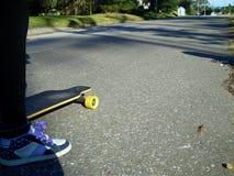 Menina do skater Fotos de Stock