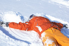 Menina do Snowboard na neve Fotos de Stock Royalty Free