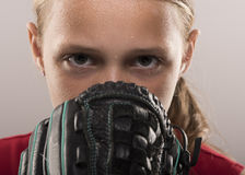 Menina do softball imagens de stock royalty free