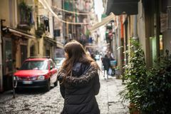 Menina do turista em Nápoles Imagem de Stock