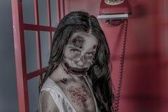 Menina do zombi Imagens de Stock