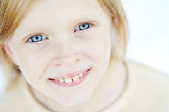 Menina dos olhos azuis Imagens de Stock Royalty Free
