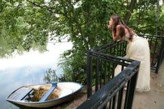 Menina e barco Imagem de Stock Royalty Free
