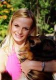 Menina e cão bonitos Foto de Stock Royalty Free