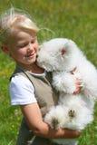 Menina e filhote de cachorro Fotografia de Stock Royalty Free