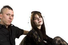 Menina e menino da forma do punk na roupa preta Fotos de Stock Royalty Free