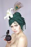 Menina e perfume Fotografia de Stock Royalty Free