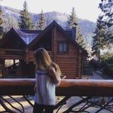 Menina em Carpathians Fotografia de Stock