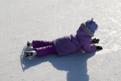 Menina em patins. foto de stock