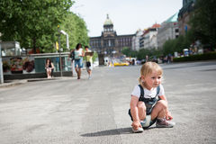 menina em Praga Fotografia de Stock Royalty Free