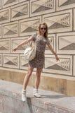 Menina em ruas de Praga Fotos de Stock