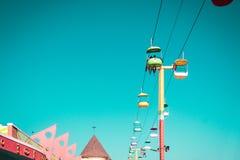 Menina em Santa Cruz Beach Boardwalk Amusement Park fotos de stock
