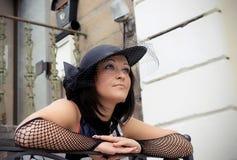 A menina em um chapéu Fotos de Stock
