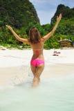 Menina em uma praia Foto de Stock