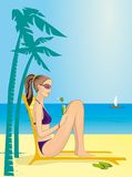 A menina em uma praia Fotografia de Stock