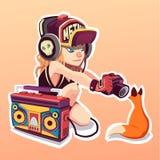 Menina encantadora que escuta uma música nos auscultadores Ilustração da arte A raposa etiqueta Imagem de Stock Royalty Free