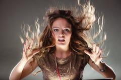Menina enigmática misteriosa da mulher com cabelo do voo Imagens de Stock Royalty Free