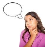 Menina envelhecida adolescente latino-americano com bolha em branco do pensamento Fotografia de Stock