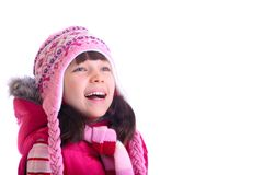 Menina feliz que desgasta o chapéu morno foto de stock