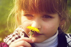 Menina, flor, natureza imagens de stock