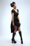 Menina gótico do vampiro no vestido preto imagem de stock royalty free