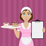 A menina guarda a bandeja com sobremesa e menu Imagens de Stock Royalty Free
