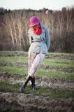 A menina inclinada teve em um chapéu Imagem de Stock