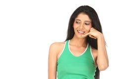 Menina indiana que faz a ação da chamada Imagens de Stock Royalty Free