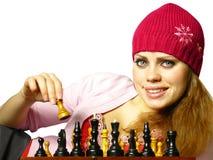 A menina joga a xadrez Fotos de Stock Royalty Free
