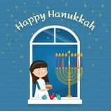 Menina judaica do feriado do cartão feliz do Hanukkah com símbolos tradicionais ilustração royalty free