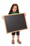 Menina latino-americano com quadro-negro em branco Fotos de Stock Royalty Free