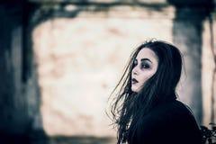 Menina longa do cabelo com composição assustador Imagem de Stock Royalty Free
