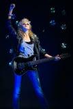 Menina loura com guitarra Imagem de Stock Royalty Free